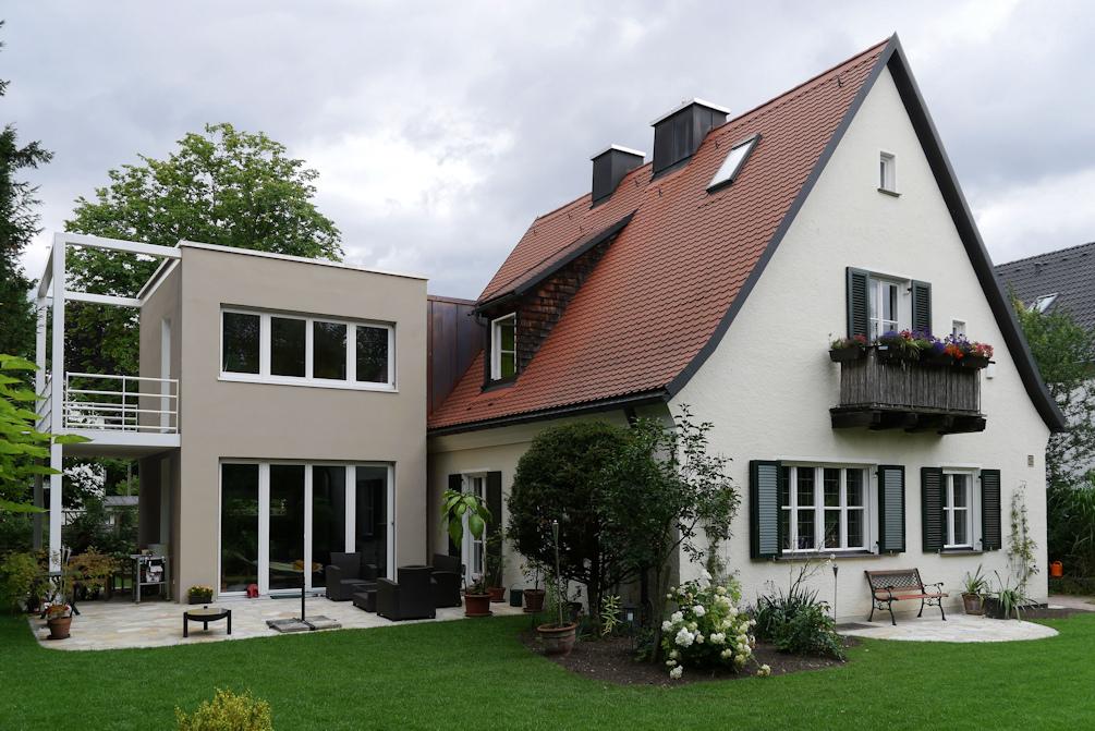 kern & toth - Ihr Architekturbüro im Schloss Seefeld - Ansicht Anbau Umbau und Erweiterung eines Einfamilienhauses an der Schneemannstraße in München